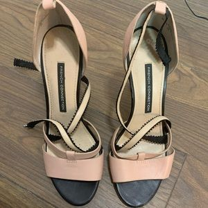 🐝French connection size 39 low heels